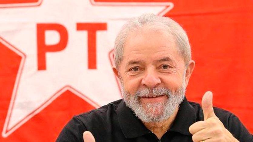 Mujica visitó a Lula en la cárcel de Curitiba