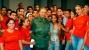 Fidel junto a jóvenes artistas